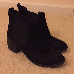 H&M Basic Chelsea Boots